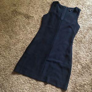 Banana Republic Dresses - BANANA REPUBLIC Navy Blue Sleeveless Sheath Dress